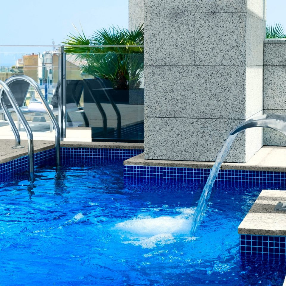 Hip Luxury Modern Pool building water swimming pool blue leisure reflecting pool swimming water feature backyard fountain
