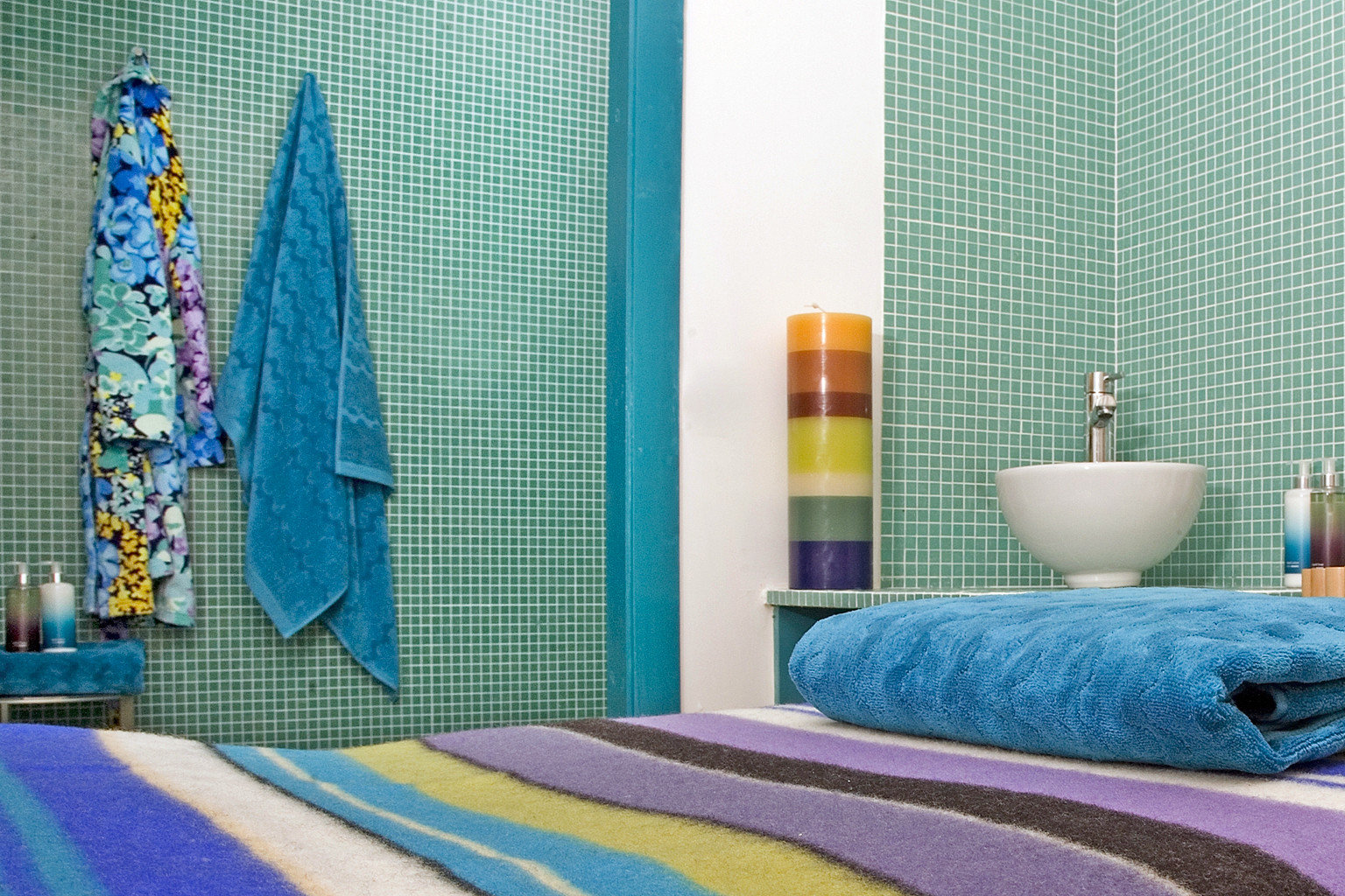 Hip Modern color blue bed sheet textile curtain material wallpaper window treatment colorful colored