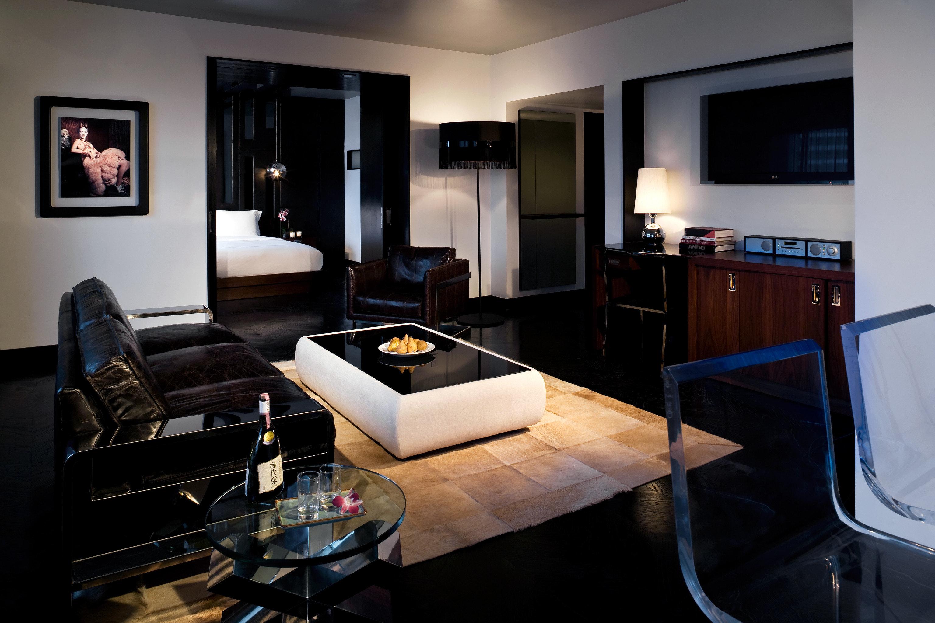 Hip Modern Nightlife Party property living room Suite home condominium flat