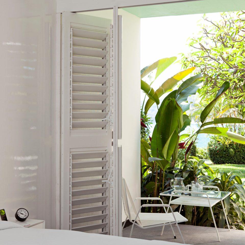 Hip Patio Resort property house home plant condominium cottage porch