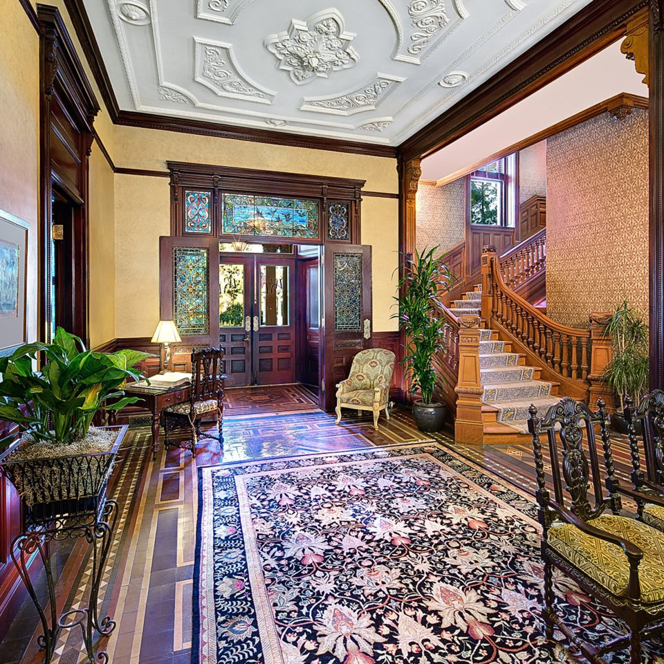 Historic Hotels Lounge Rustic Lobby property mansion home palace Resort