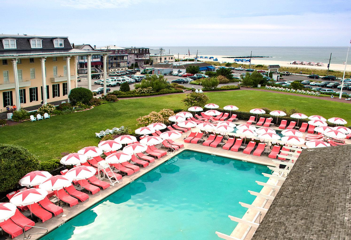 Historic Hotels New York Romance Trip Ideas Weekend Getaways grass sky leisure swimming pool lawn Resort marina dock