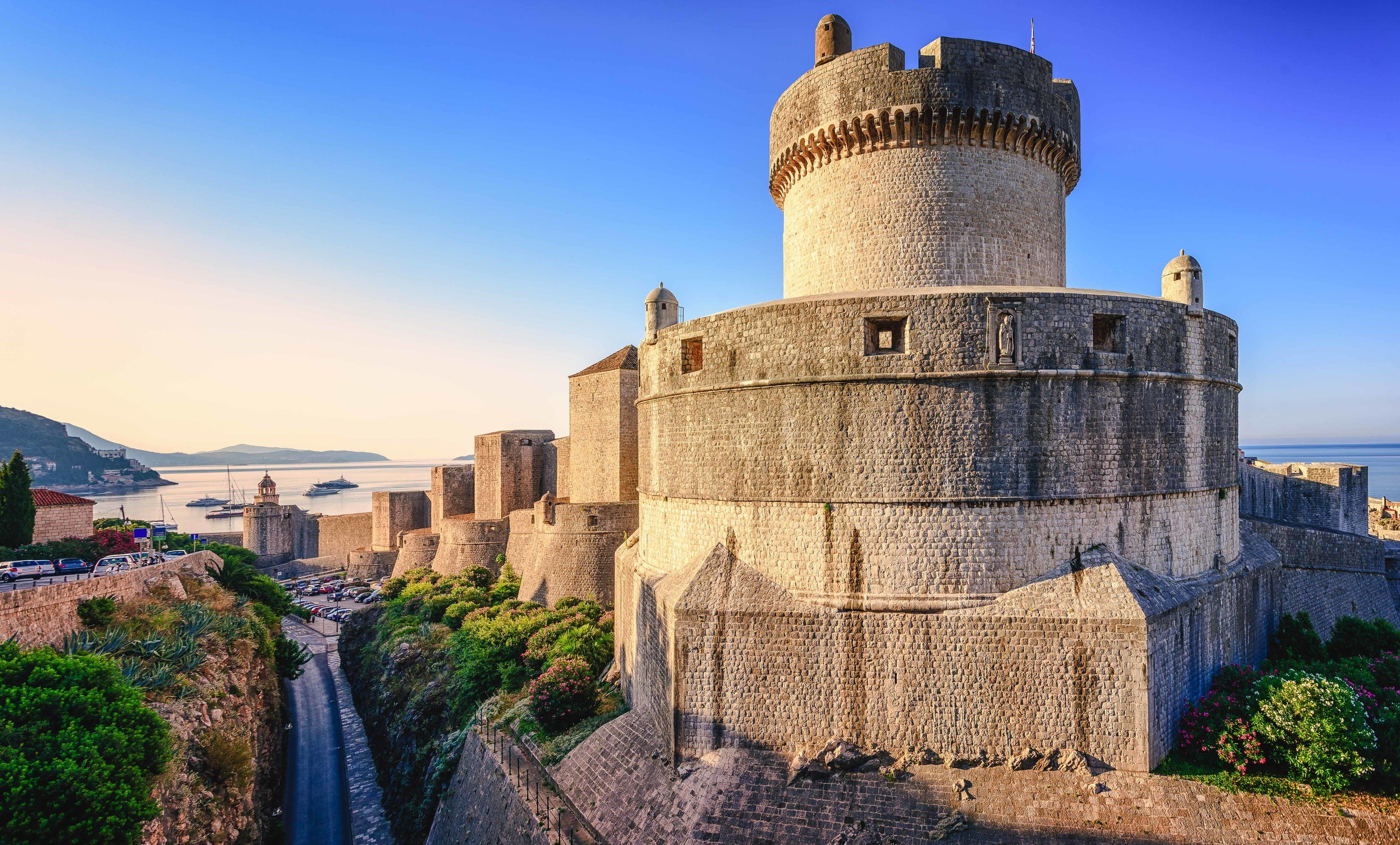 Offbeat sky outdoor building historic site landmark fortification wall ancient history castle Town history tourism archaeological site middle ages château tourist attraction evening tower City tours Ruins medieval architecture monument unesco world heritage site cloud stone