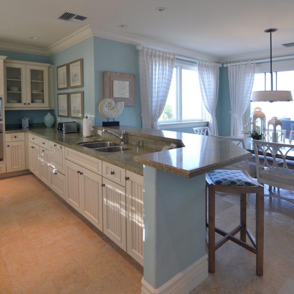 Honeymoon Kitchen Luxury Resort Wellness property home hardwood cottage cabinetry countertop farmhouse condominium hard