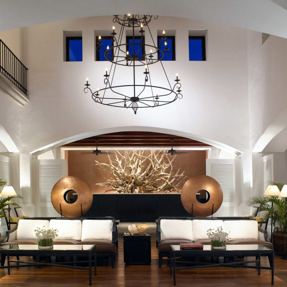 Honeymoon Lobby Luxury Resort living room property home lighting daylighting condominium Modern leather