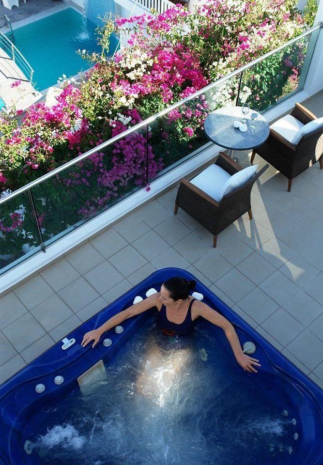 swimming pool leisure blue backyard jacuzzi Hot tub bathtub