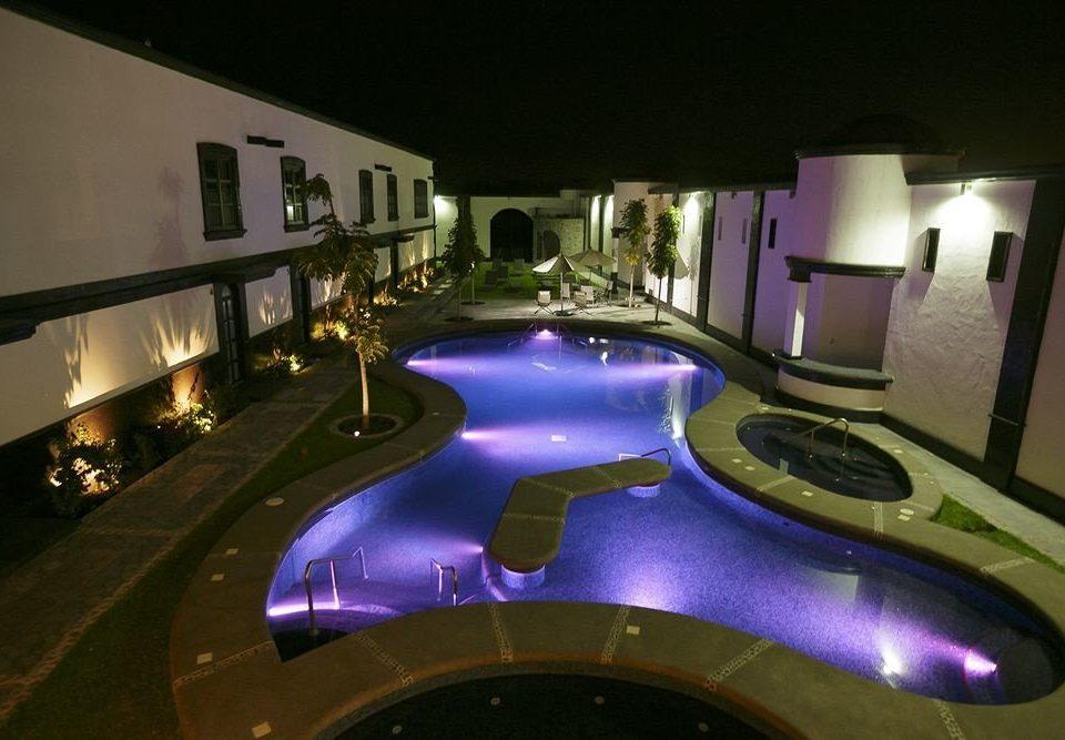 Hot tub/Jacuzzi Lounge Luxury Modern Pool night screenshot swimming pool