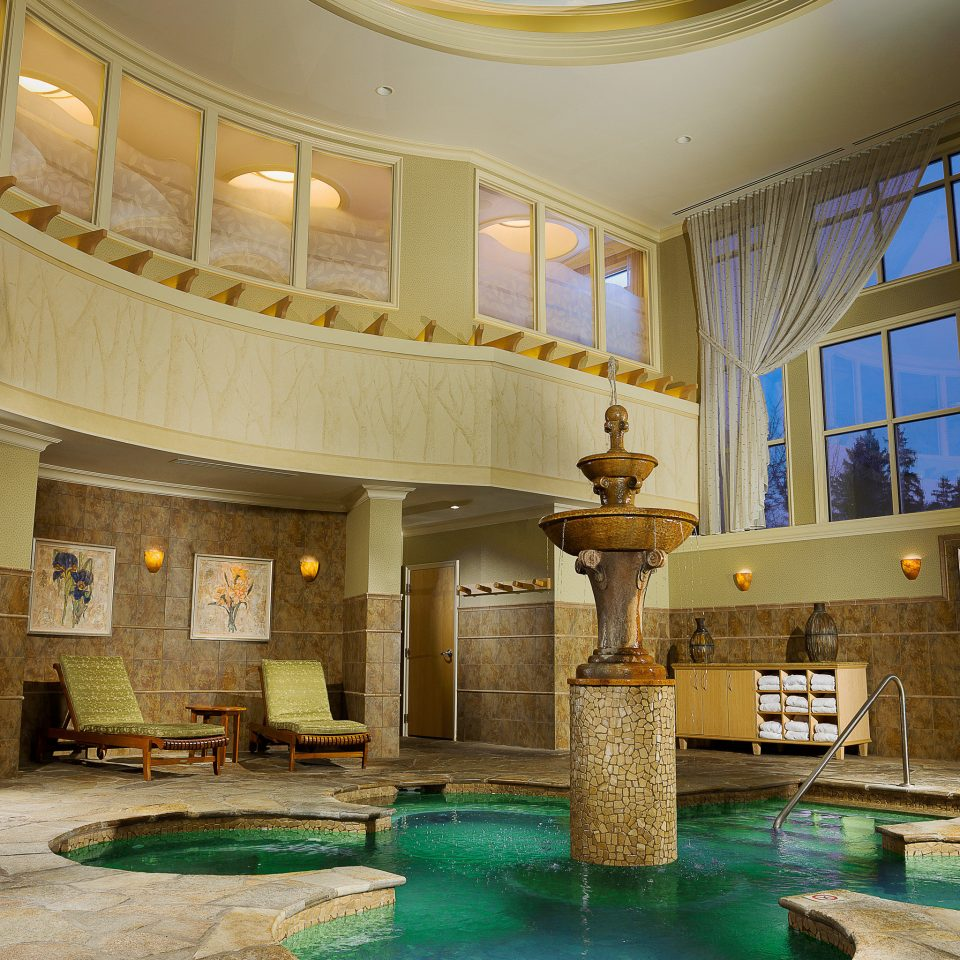 Hot tub Lounge Patio Pool Resort Lobby swimming pool property building mansion palace home thermae