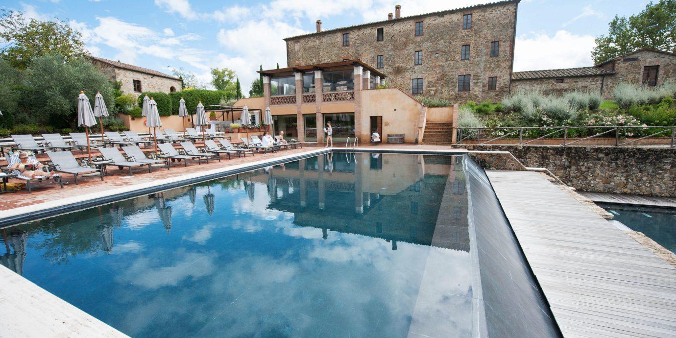 Hotels Italy Romance sky swimming pool property house reflecting pool Villa backyard waterway Resort