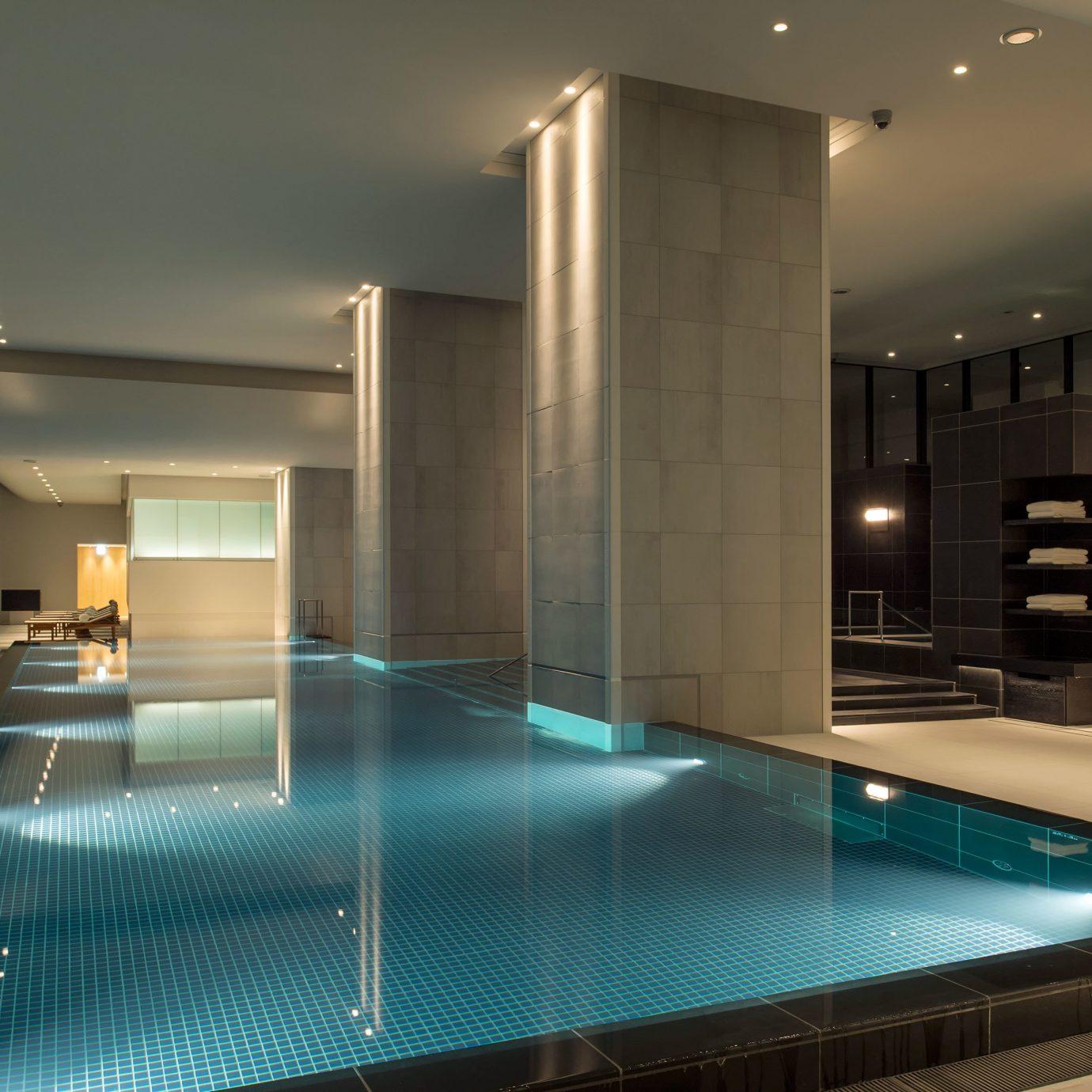 Hotels Japan Tokyo swimming pool lighting daylighting condominium Lobby