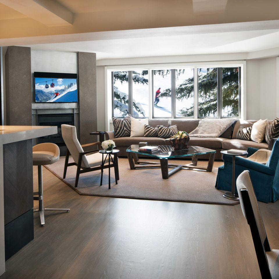 Hotels Luxury Travel Mountains + Skiing living room property home condominium Lobby recreation room Modern