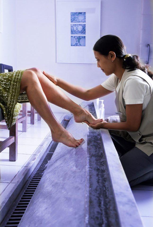 human positions leg sitting
