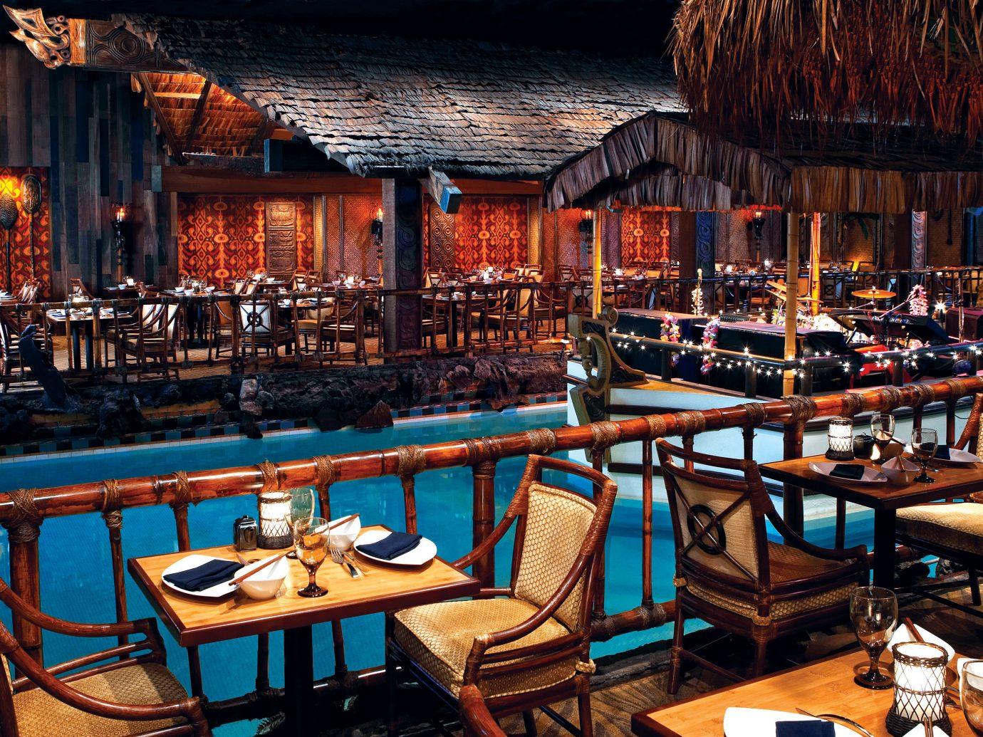City Dining Drink Eat Luxury Nightlife Resort chair outdoor restaurant Bar estate tavern blue set furniture several grill