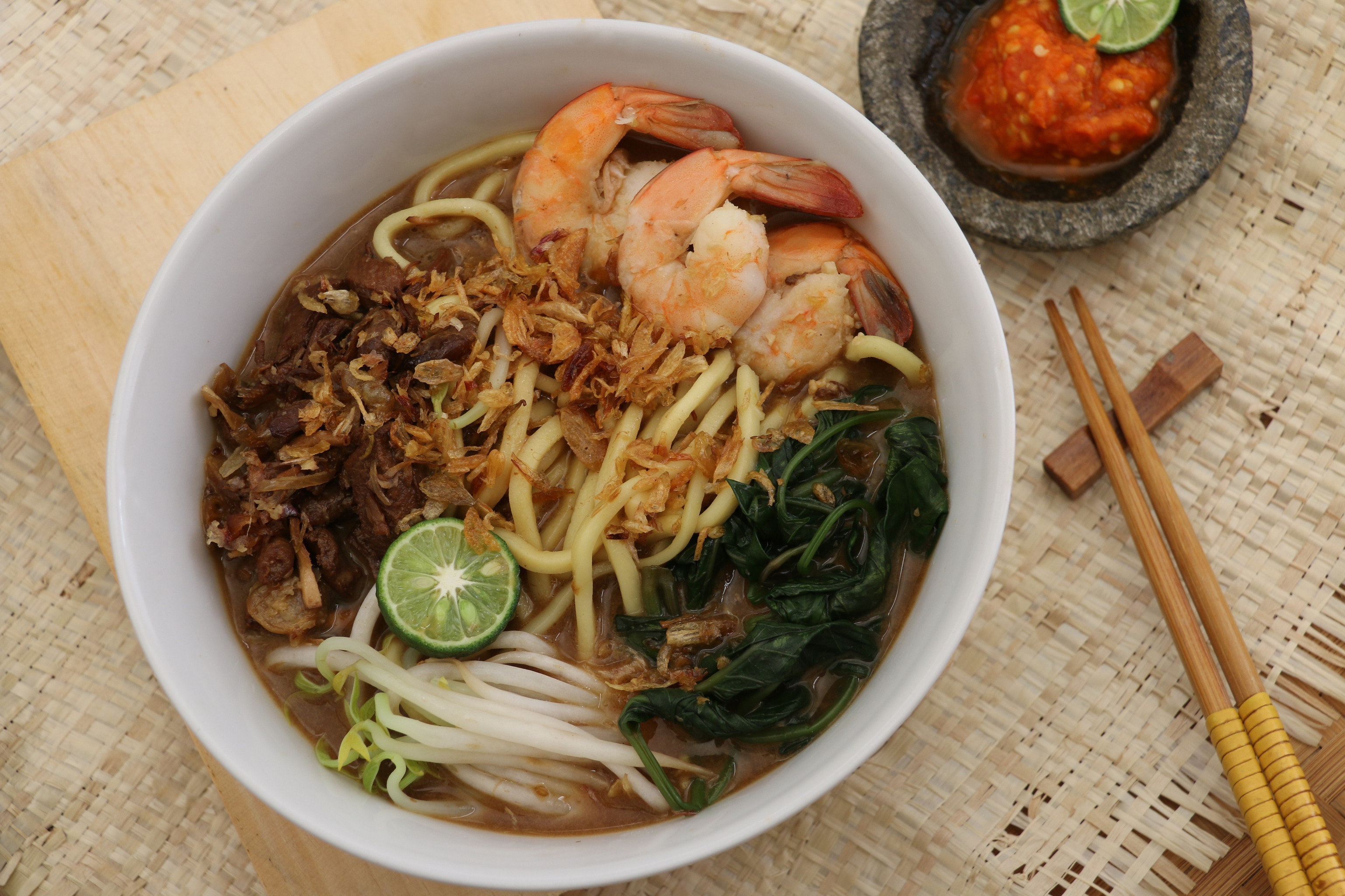 Food + Drink Southeast Asia Trip Ideas food table plate dish noodle bowl noodle soup soup asian food hokkien mee chinese noodles bún bò huế laksa chinese food southeast asian food curry mee thai food rice noodles batchoy Seafood pho hae mee misua soba recipe wonton noodles lo mein asian soups korean food fried noodles malaysian food indonesian food lamian kuy teav meal meat vegetable