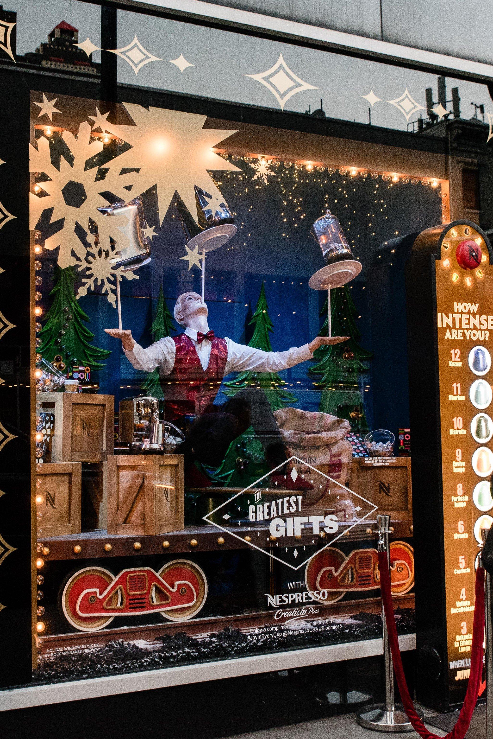 Offbeat Winter outdoor display window window interior design Christmas