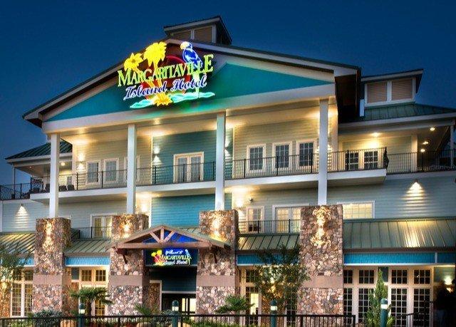 building sky property Resort home condominium restaurant plaza sign Inn