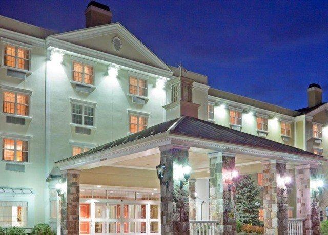 building property home restaurant condominium Villa Inn apartment building