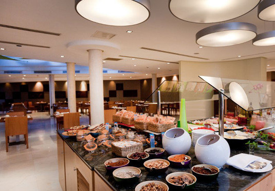 food buffet restaurant function hall counter brunch cafeteria food court cooking Island