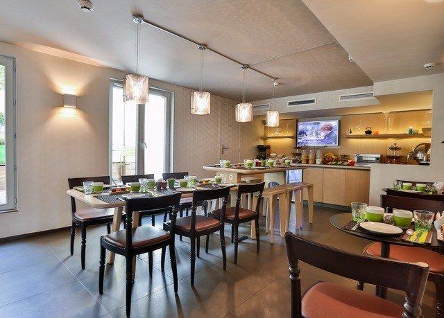 property restaurant recreation room condominium Island