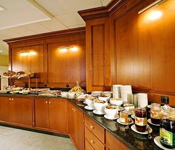 cabinet Kitchen counter property function hall cuisine restaurant Island appliance