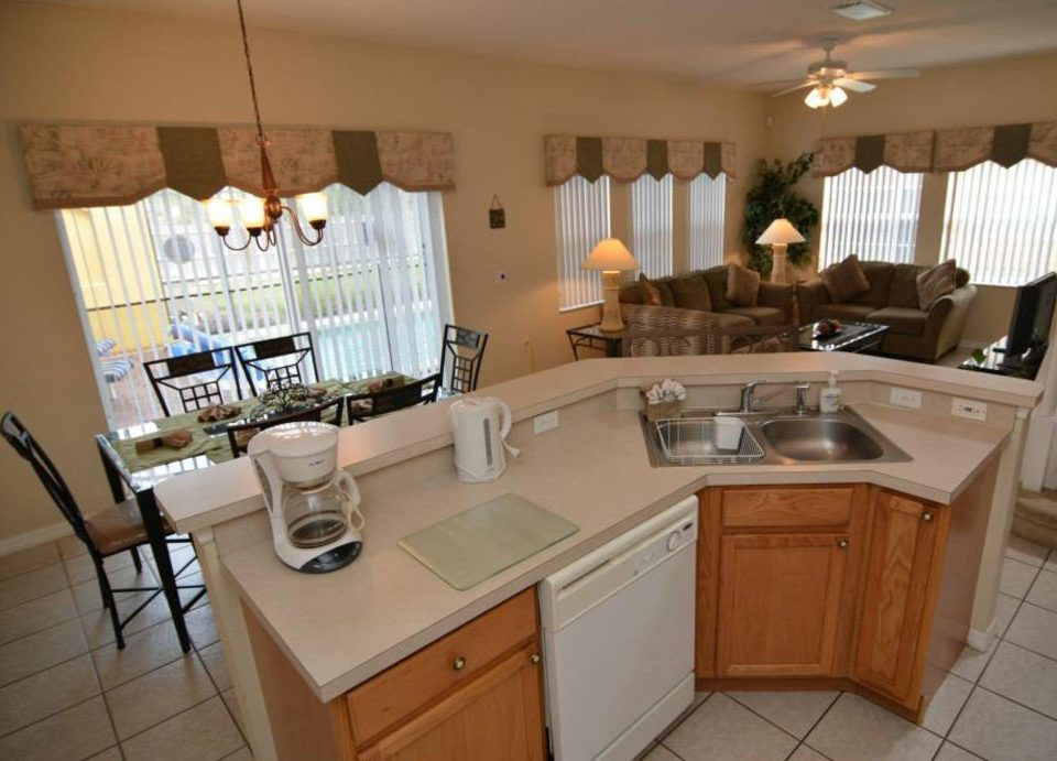 property Kitchen home cottage counter cuisine classique cabinetry appliance Island kitchen appliance