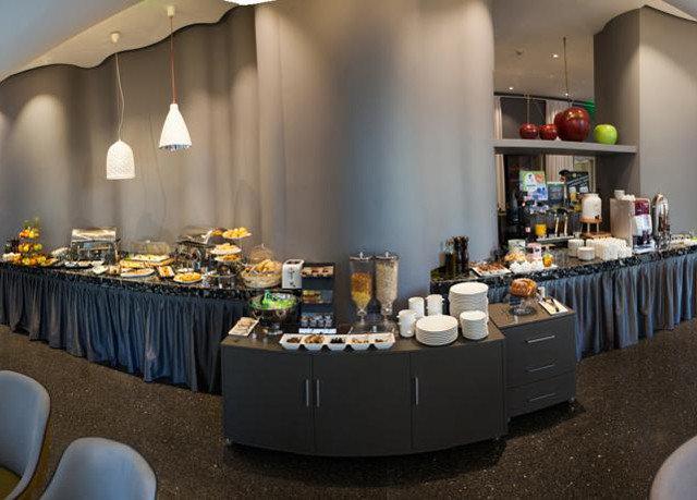 Kitchen restaurant sense brunch counter buffet set Island cluttered