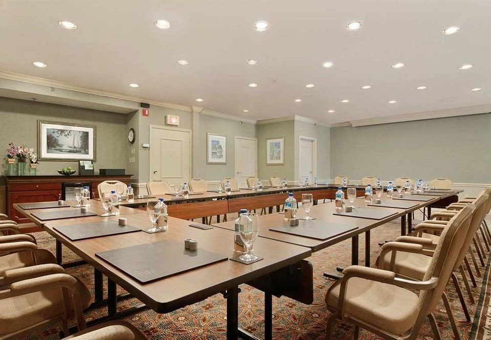 Kitchen property conference hall function hall restaurant cafeteria convention center counter Island