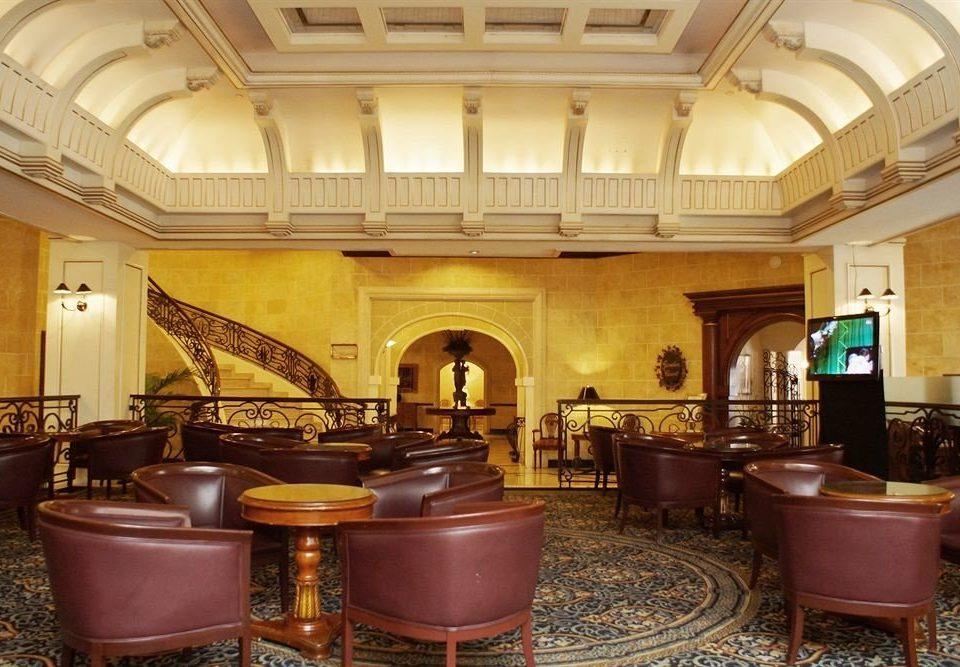Kitchen property Lobby billiard room recreation room mansion function hall palace Island