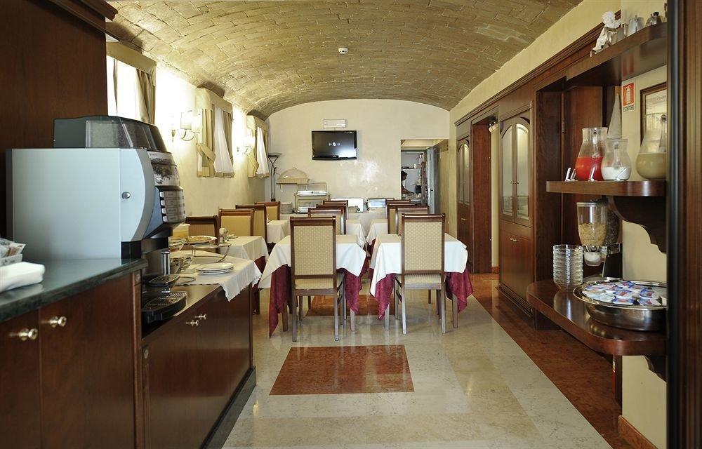 Kitchen property home living room Lobby cottage loft mansion Island