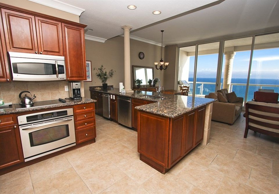 cabinet Kitchen property appliance stainless home cabinetry hardwood steel cuisine classique cottage Suite stove Modern silver Island