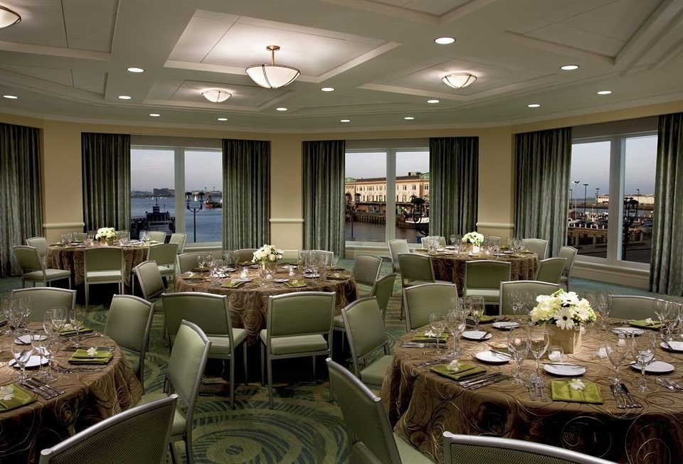 function hall conference hall banquet vehicle restaurant ballroom convention center yacht Lobby set Island dining table