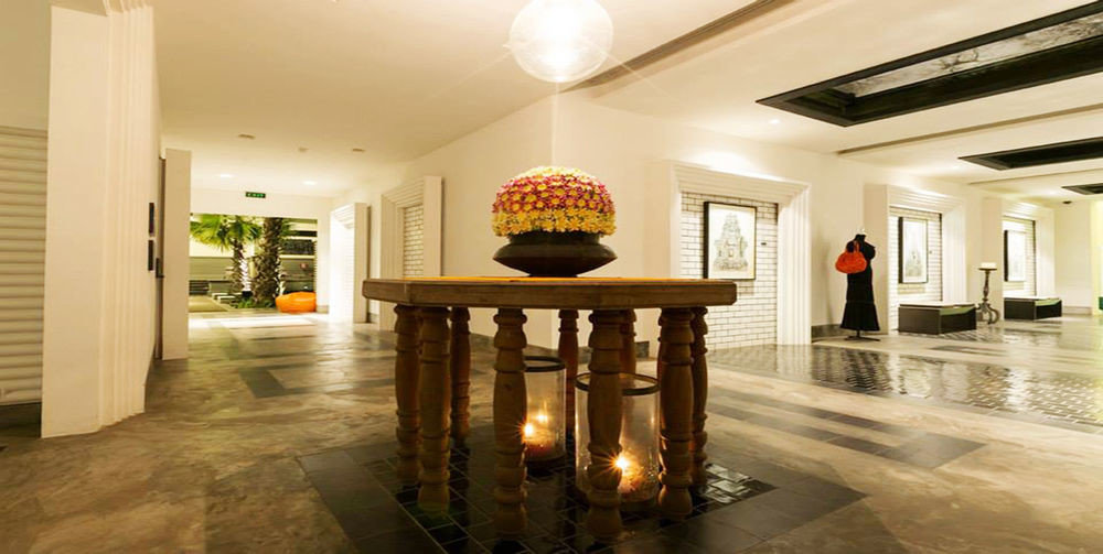 Lobby building property home lighting mansion living room hall wood flooring flooring Island