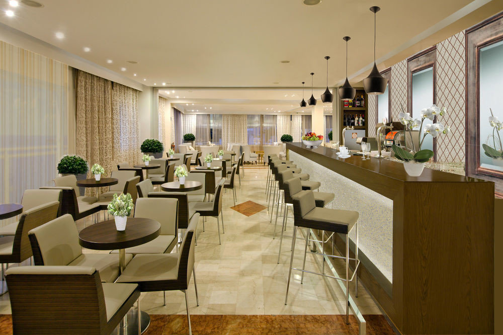 restaurant function hall Lobby conference hall cafeteria convention center Island