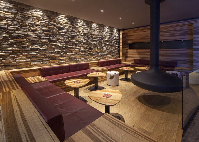 Lobby lighting recreation room wood flooring flooring living room swimming pool yacht Island