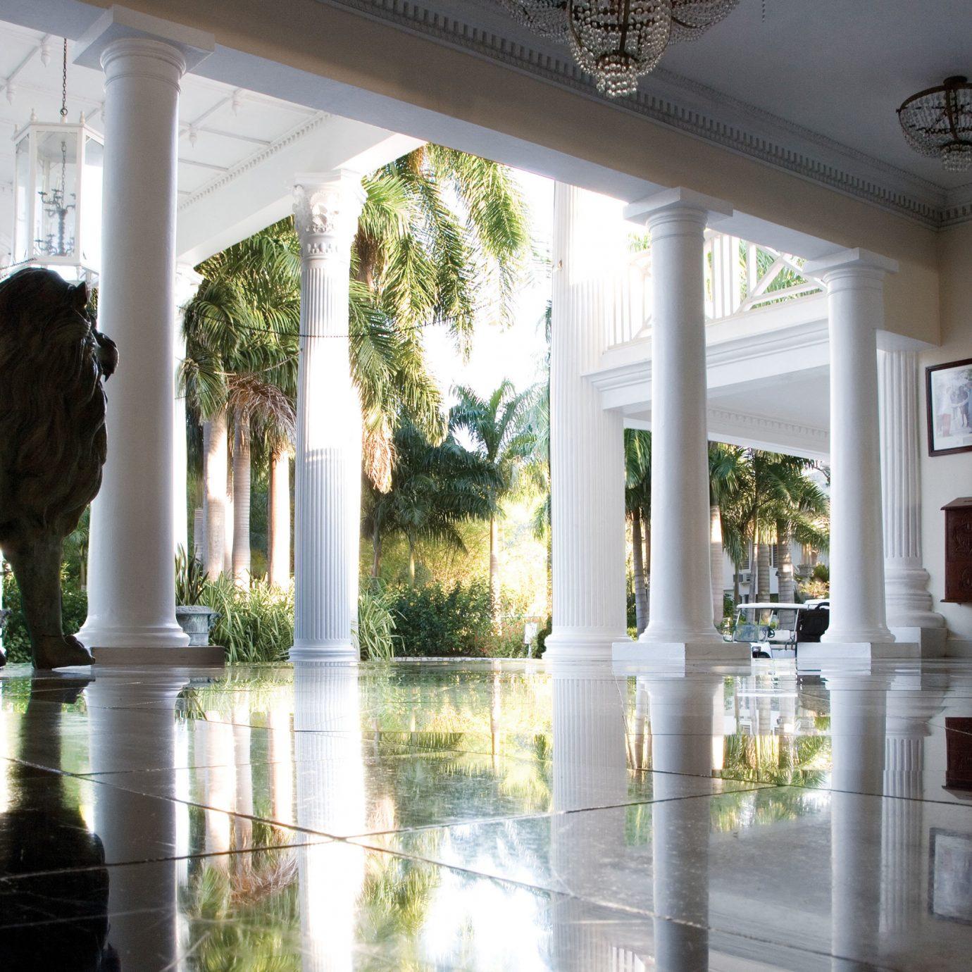 Island Lobby Luxury Modern standing tourist attraction museum