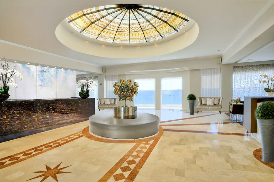 Lobby property building home living room mansion daylighting condominium Villa flooring Island