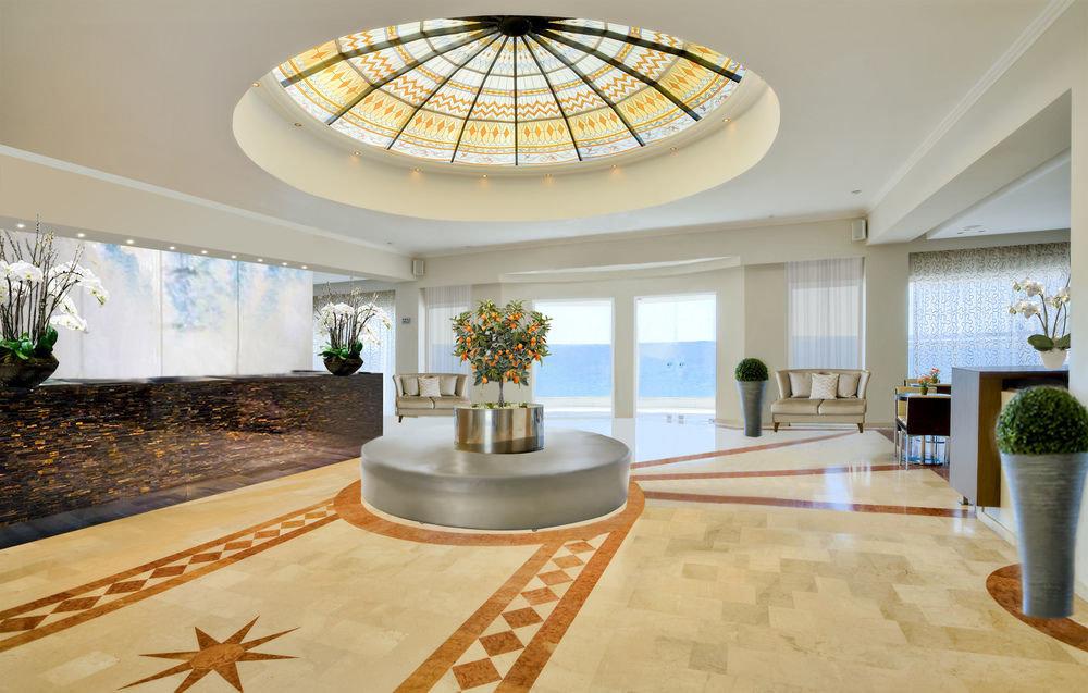 Lobby property building home living room mansion daylighting condominium Villa flooring Island