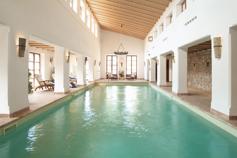 Lounge Luxury Modern Pool swimming pool property leisure building Resort condominium mansion Villa thermae hacienda Island