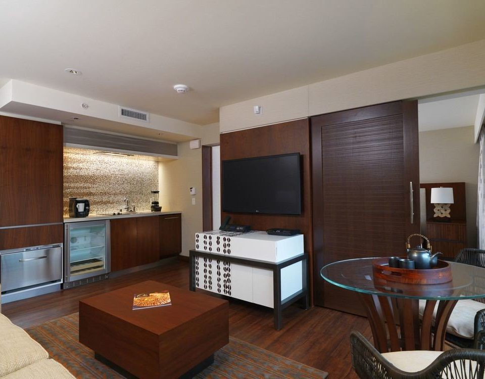 property condominium living room Suite home hardwood cottage Villa cabinetry mansion Island appliance stainless Modern