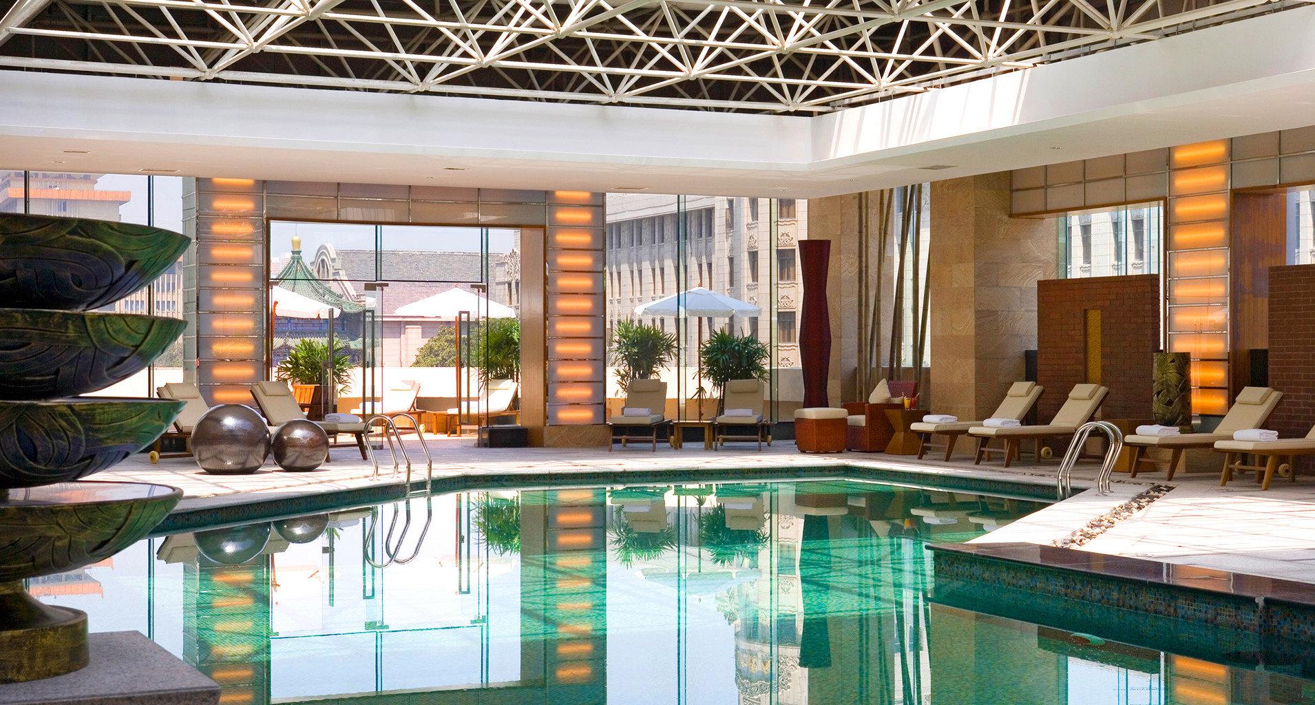 Play Pool Resort swimming pool property condominium building home Villa backyard mansion Island