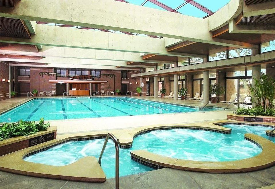 Resort swimming pool property leisure building leisure centre Pool Villa condominium backyard blue Island