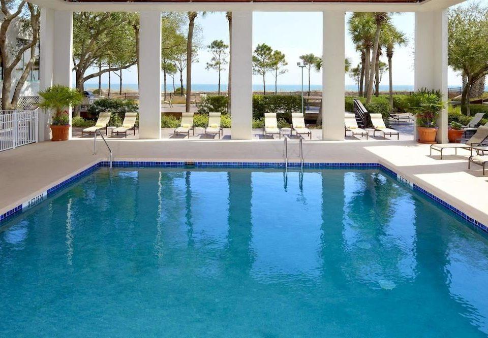 water Pool swimming pool property Resort building leisure Villa condominium reflecting pool swimming backyard mansion Island
