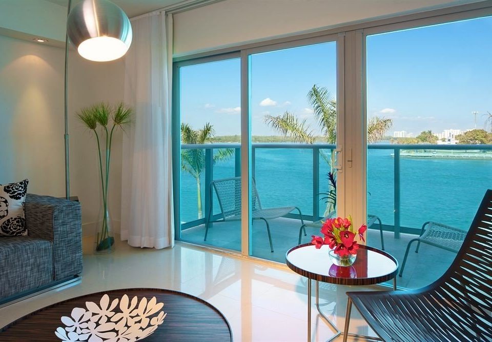 chair property swimming pool Suite condominium Villa home Resort living room cottage Island