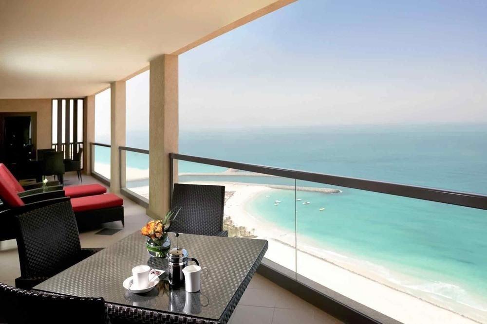 water property condominium leisure Resort Villa swimming pool caribbean overlooking Suite yacht Island