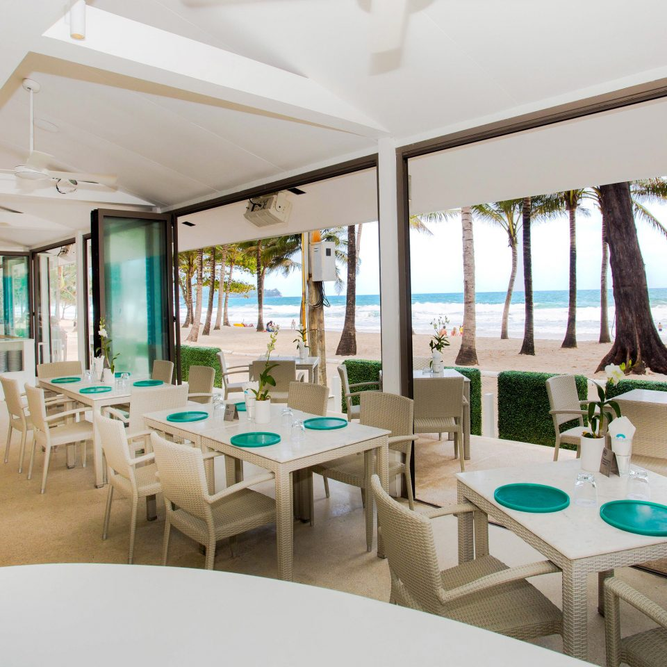 chair property Resort restaurant function hall condominium Villa Island
