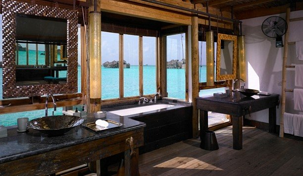 bathroom Suite Island