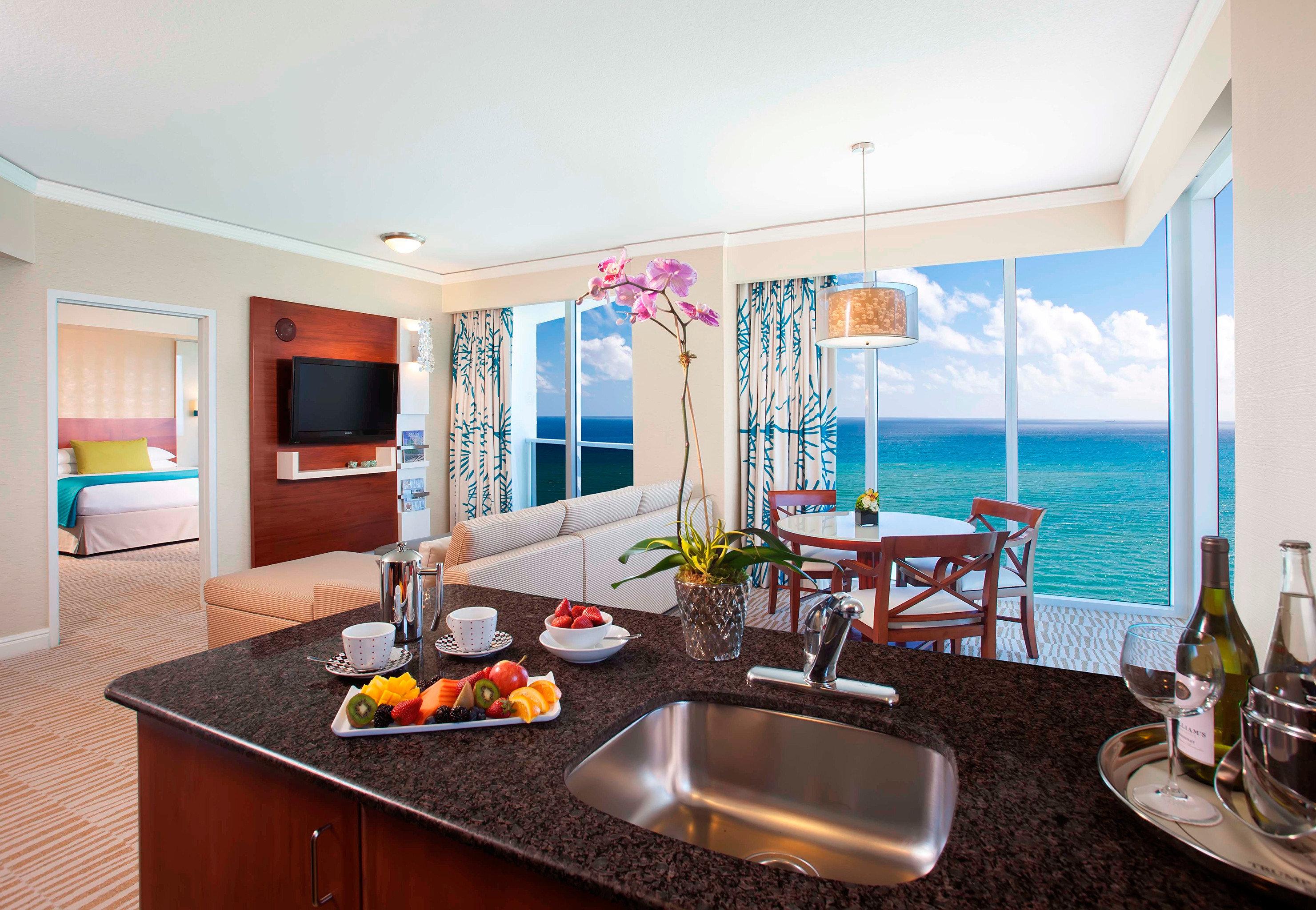 property home Villa condominium living room Suite counter cottage Island