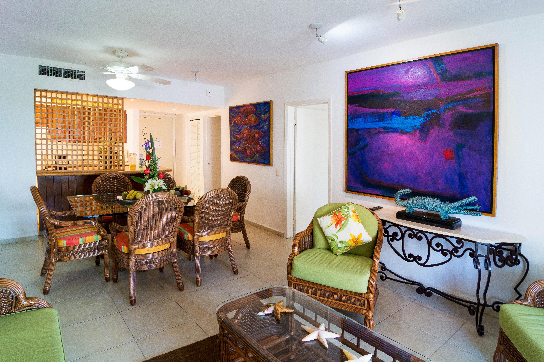 Island Suite property home living room cottage Villa recreation room