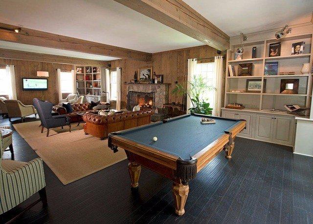 recreation room billiard room property hardwood home cottage Villa Island
