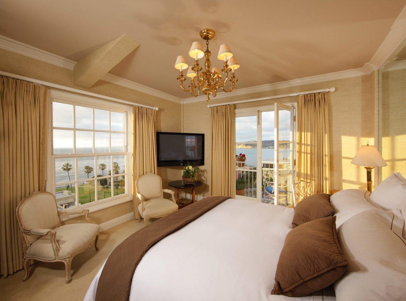 Bedroom At La Valencia Hotel In San Diego, Ca